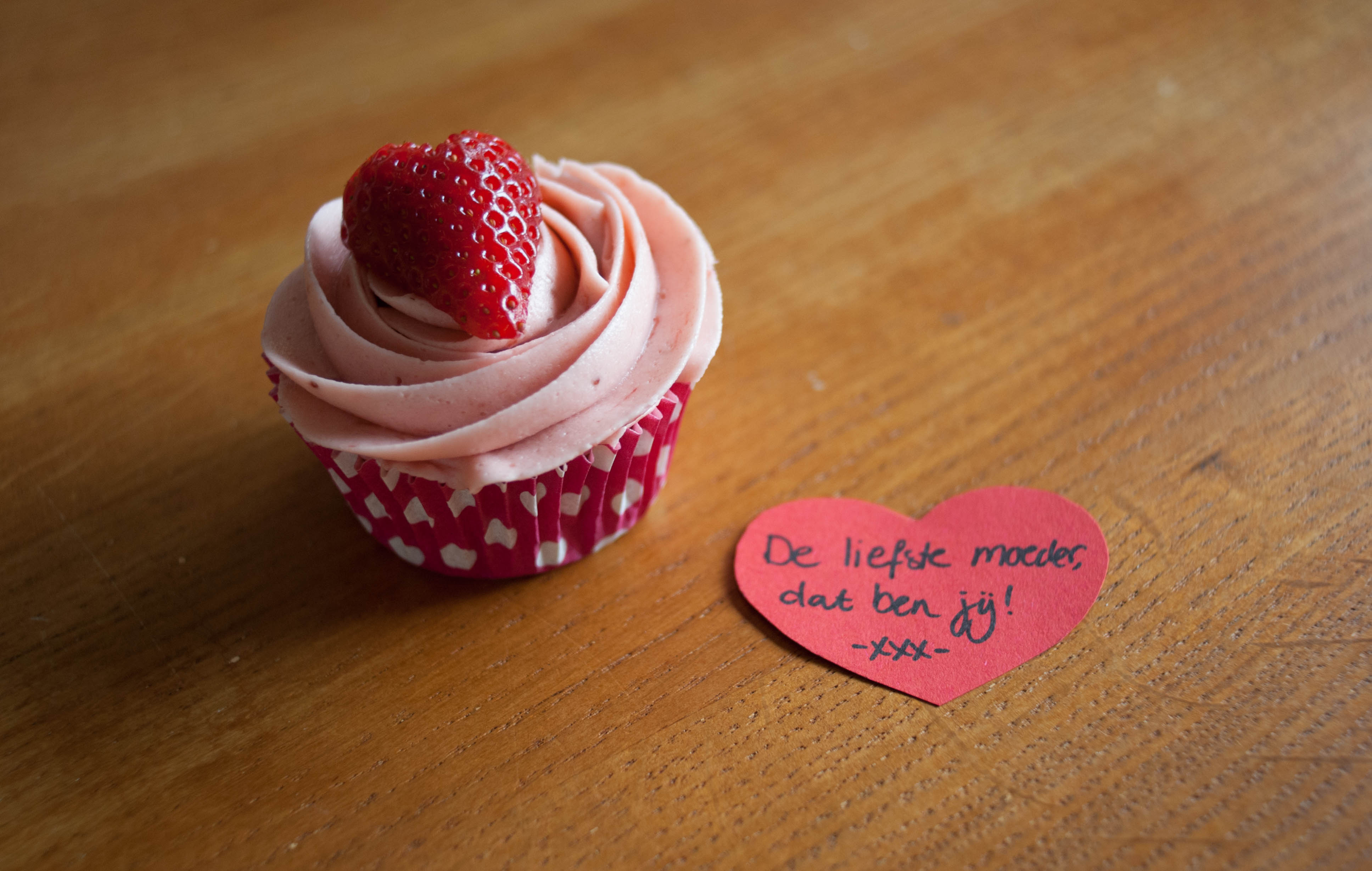Joëlle bakt - cupcakes voor Moederdag! - Huis Van Belle